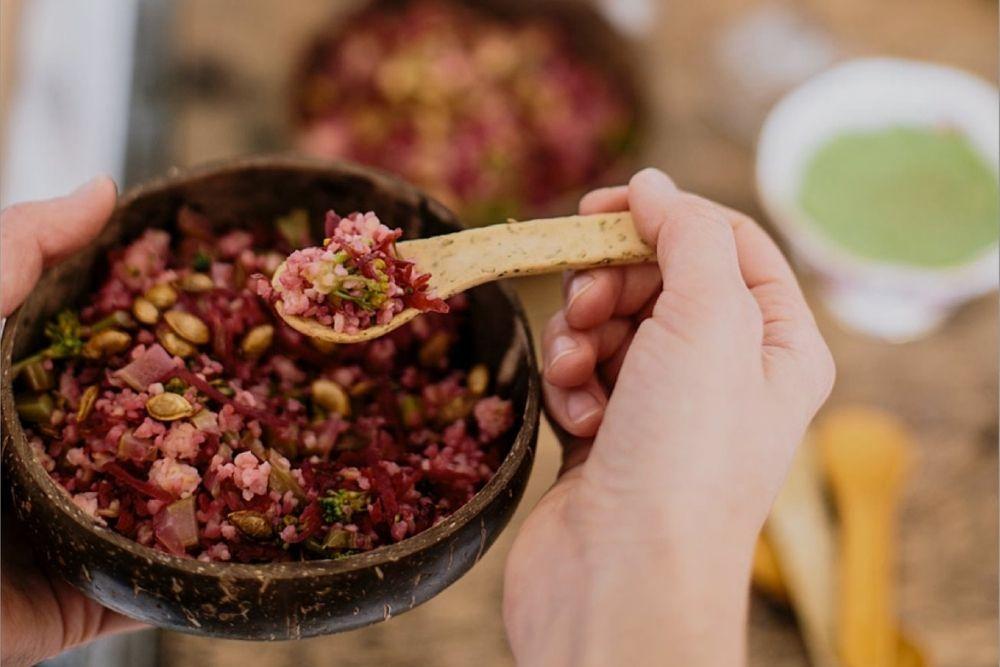Koovee commercialise des couverts comestibles