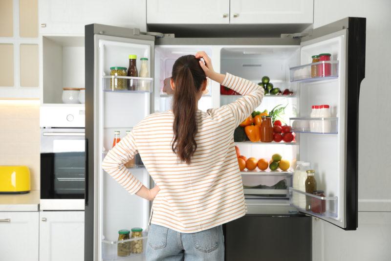 Frigo qui pue : 5 astuces naturelles pour neutraliser les mauvaises odeurs