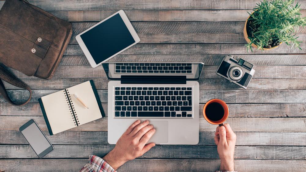 Smartphone, ordinateur, tablette : nos conseils pour acheter responsable et malin