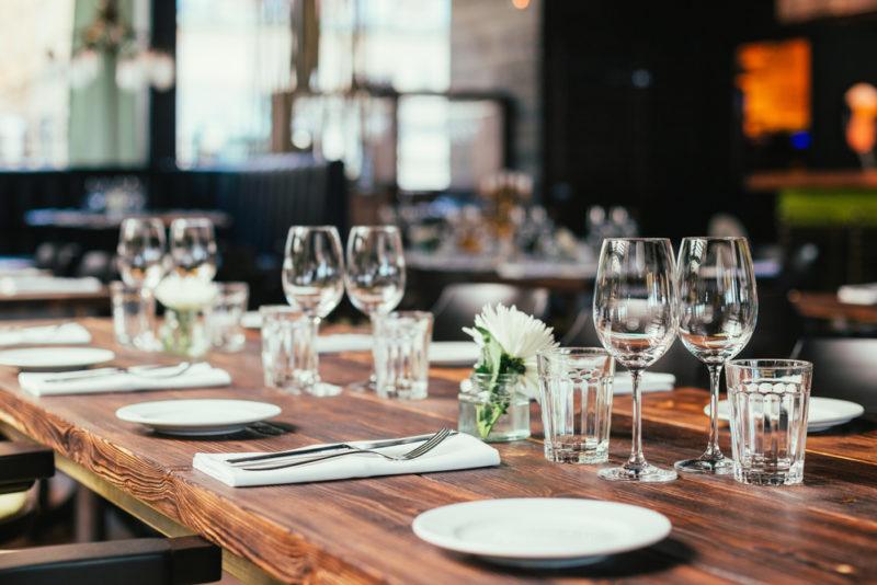 6 réflexes écologiques à adopter au restaurant